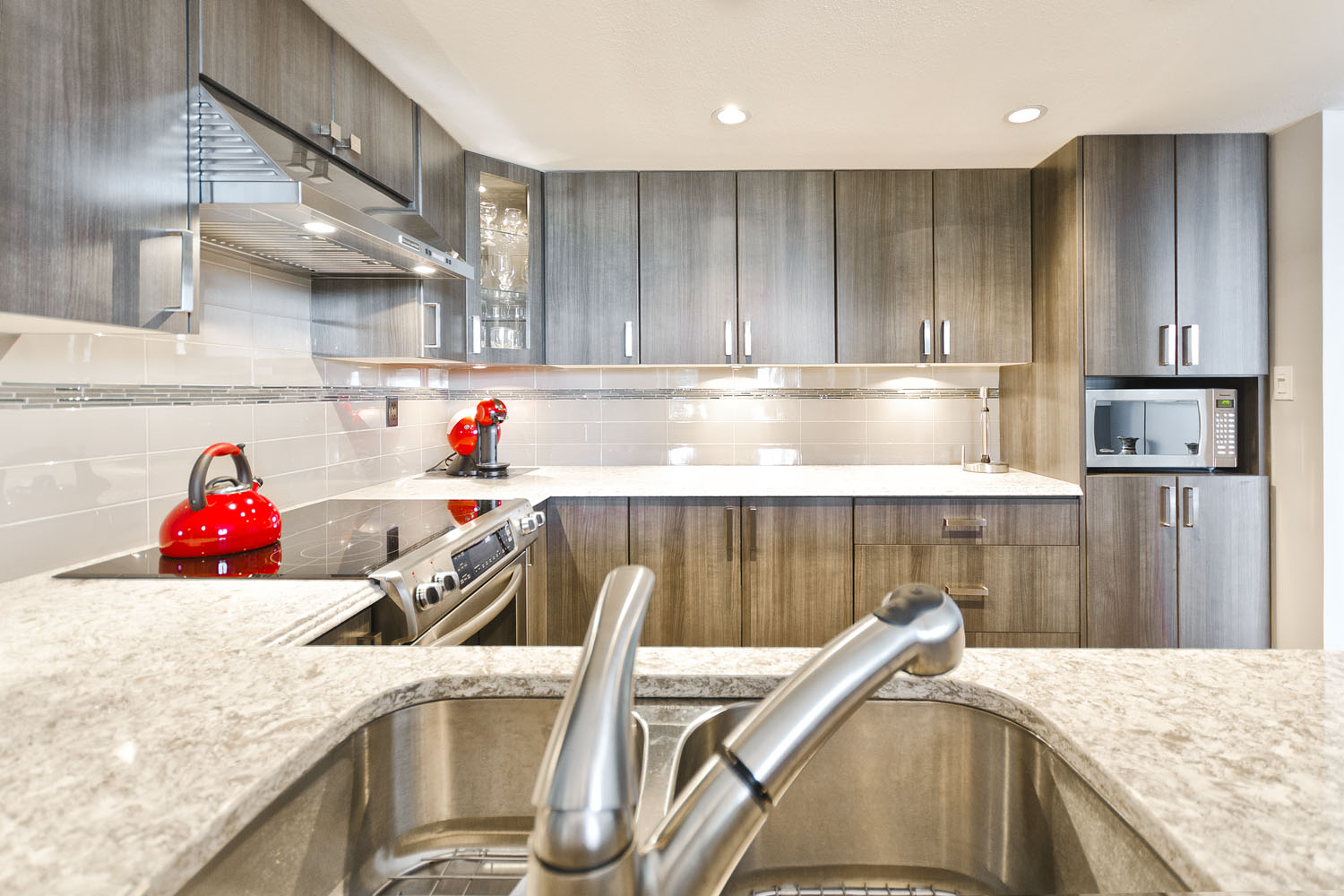 Newport Village Port Moody Home Kitchen And Bathroom Renovation And Remodelling Services In